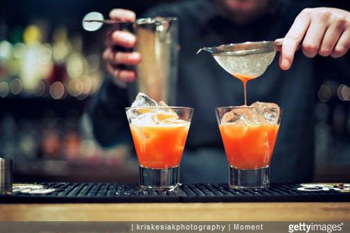 Apprendre à faire des cocktails : les 4 techniques de base