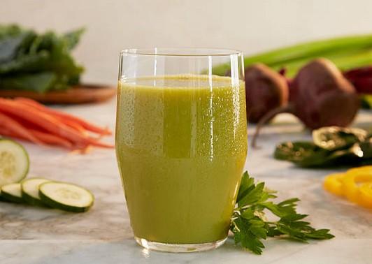 4 recettes de jus pour soulager les douleurs liées à l'arthrose